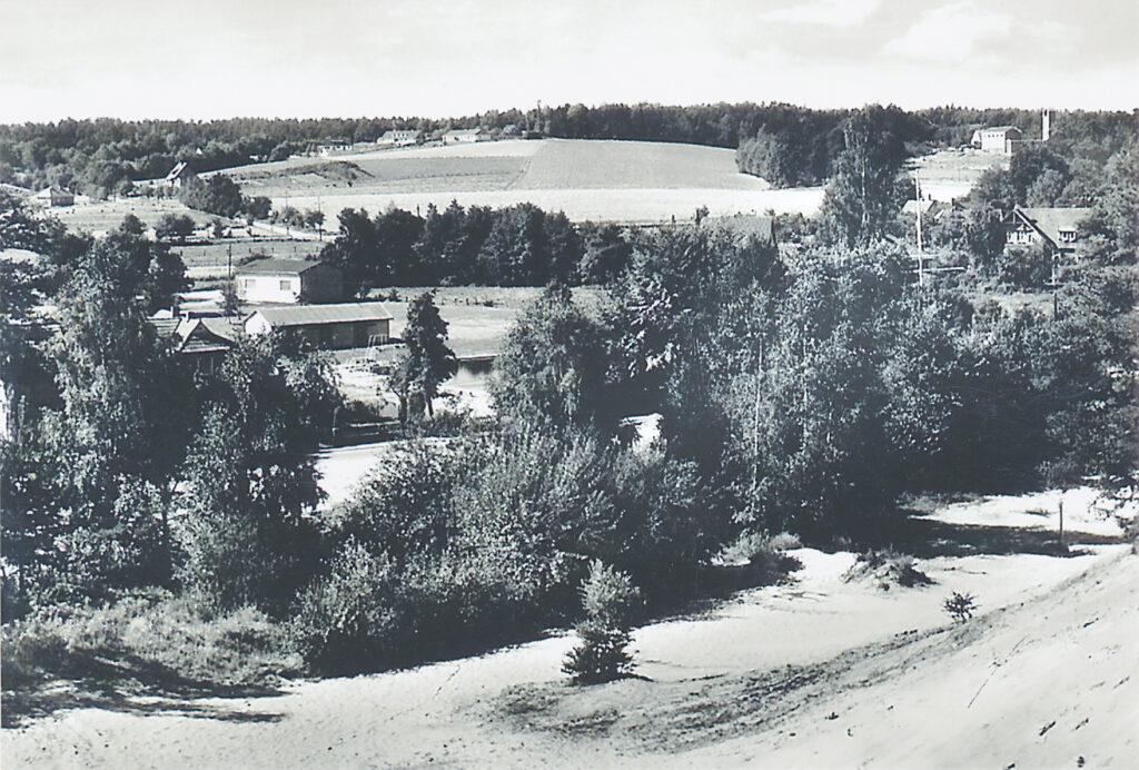 Schwimmbad, 1965 (Blick von der Sanddüne)