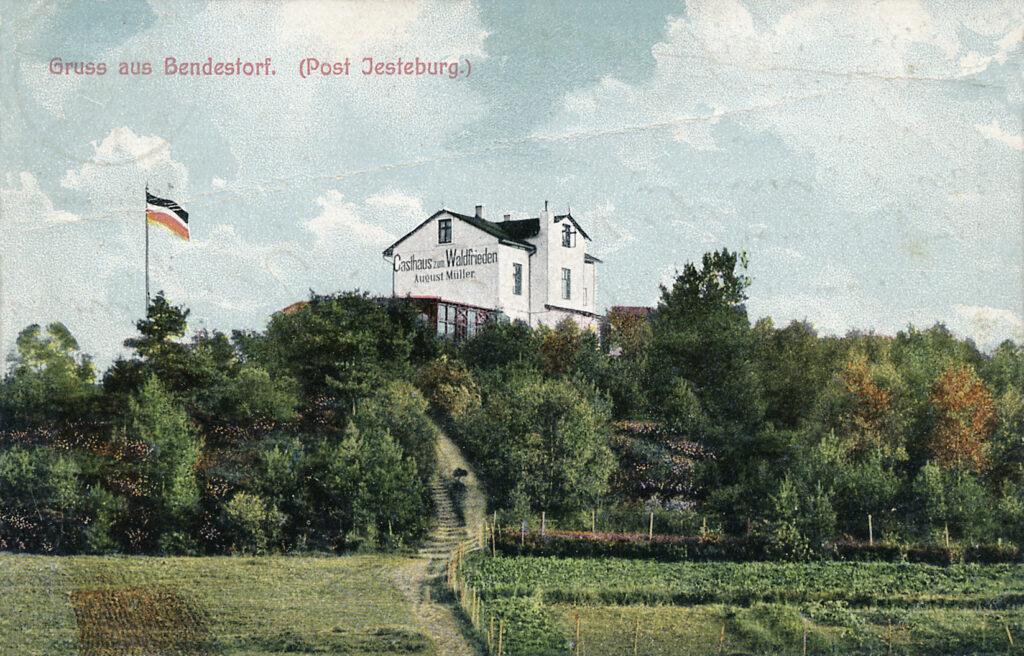 Blick vom Tal auf das Gasthaus Waldfrieden, 1909 (kolorierte Postkarte)