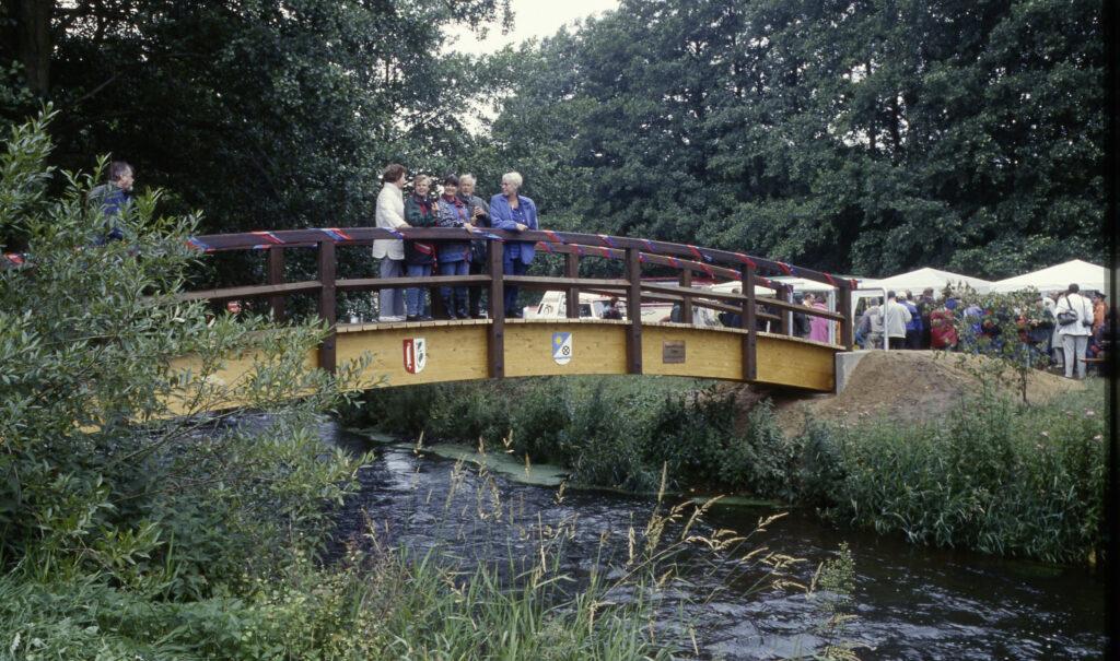 Einweihung der Seevebrücke am Wehr, 2000